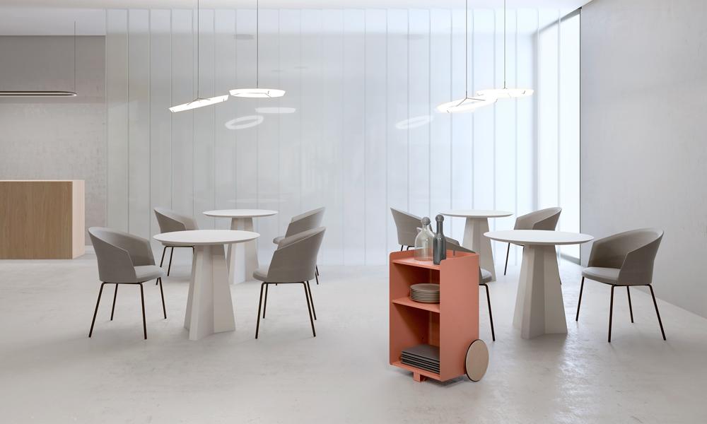 Ben, mueble auxiliar versátil, compacto, de fácil movilidad