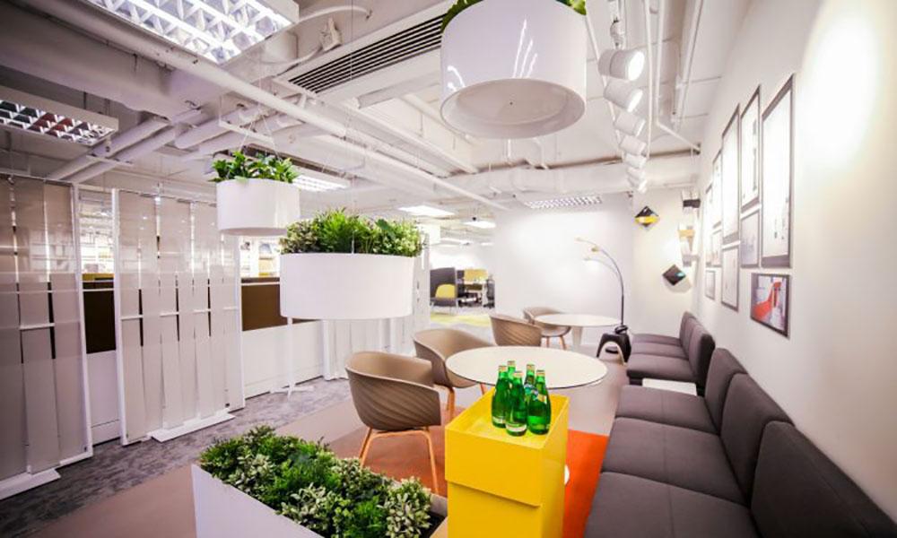 Frontier Workspace Solutions-Showroom. Proyectos de ST-Systemtronic.