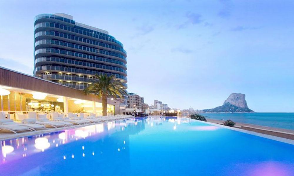 Hotel Sol y Mar. Calpe, España. Proyectos de ST-Systemtronic.