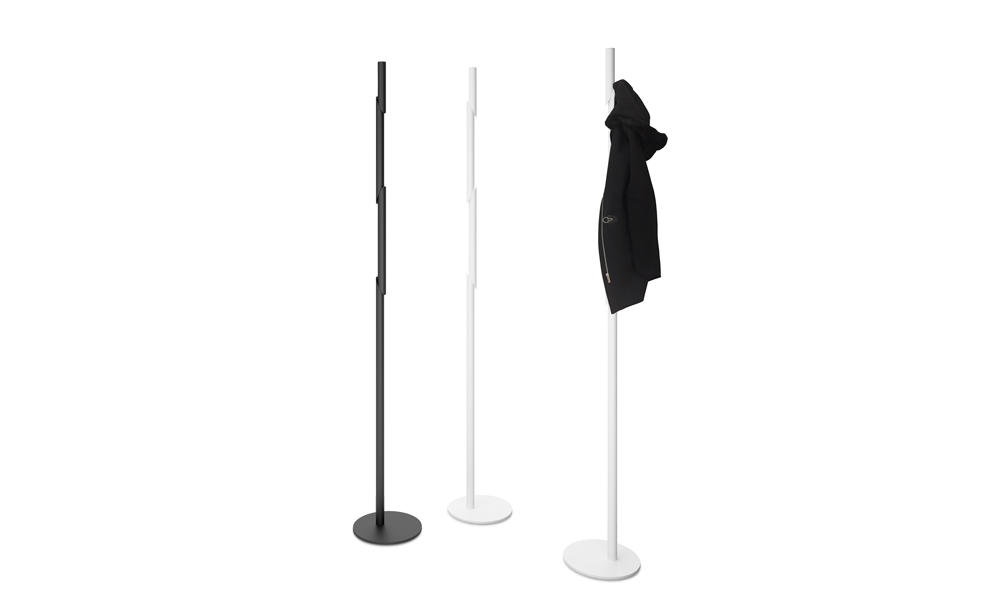 Naname is the coat stand that represents the moment when the bamboo