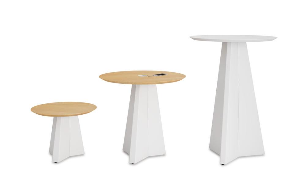 Origami. Colección de mesas con bases irregulares de acero plegado
