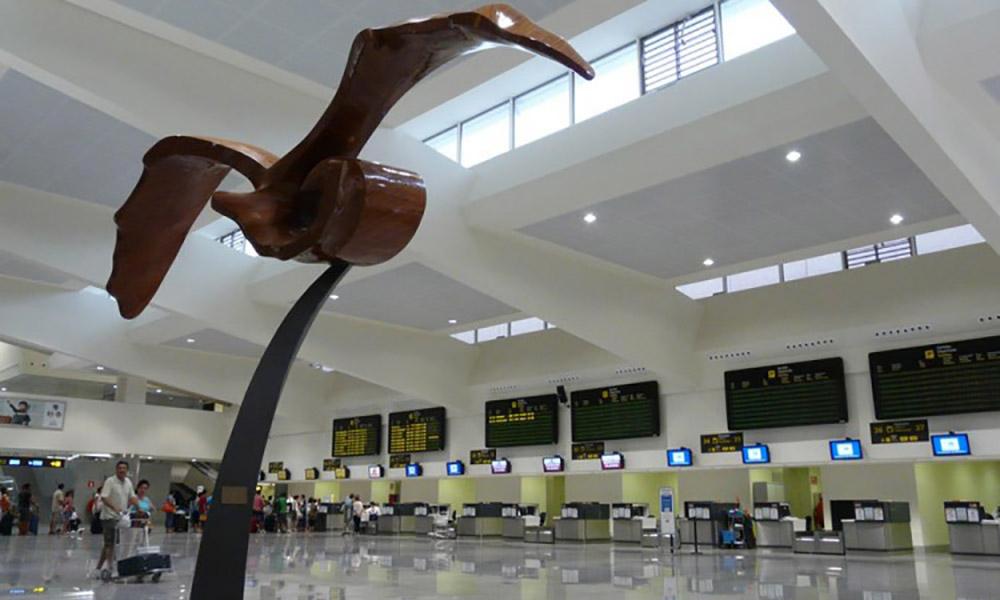 Aeropuerto de Menorca, España. Proyectos ST-Systemtronic.