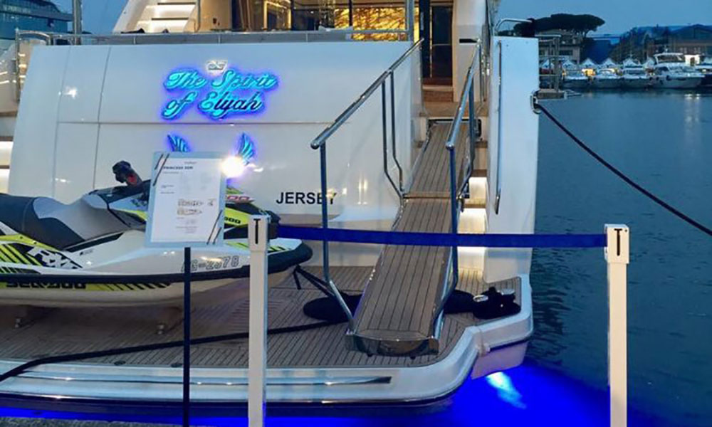 Princess Yachts stand Versilia. Proyectos de ST-Systemtronic.